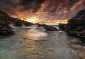 море, скалы, закат, тучи, камни, волны