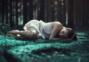 девушка, лес, тоска, трава, платье