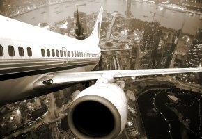 город, самолет, взлет, река, двигатель, иллюминаторы