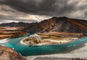 Алтай, осень, река, деревья, горы, облака, тучи