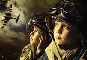 Обои дети, мальчики, самолёт, шлем, очки