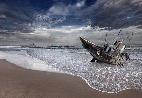 лодка, берег, волны, вода, песок, небо