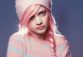 Обои шляпа, коса, голубые глаза, девушка, личико