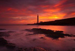 Обои Scotland, маяк, океан, рассвет, пляж, камни, вода