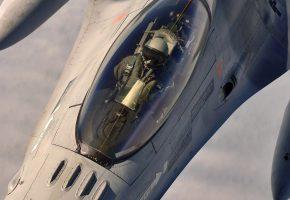 истребитель, пилот, в кабине, вид сверху, купол