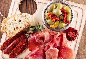 Обои мясные, продукты, ветчина, колбаса, хлеб, овощи