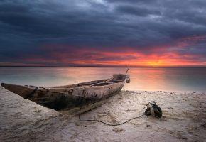 Обои небо, облака, закат, море, берег, песок, лодка