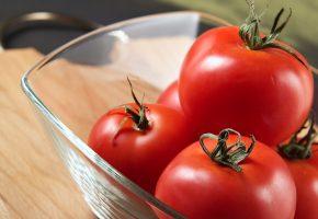 Обои помидоры, красные, спелые, хвостики