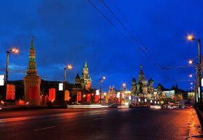Москва, кремль, купола, дорога, огни, вечер