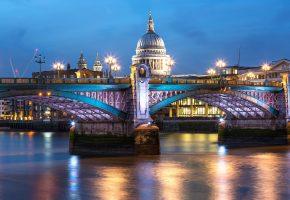 Обои мост, огни, река, здания, вечер