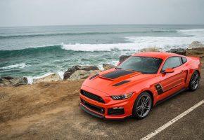 Обои ford, mustang, оранжевый, дорога, море, волны, вода, автомобиль