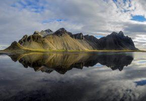 Обои горы, вода, небо, отражение, облака, гладь
