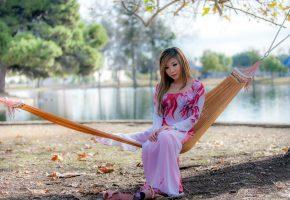 Девушка, азиатка, платье, поза, гамак, природа
