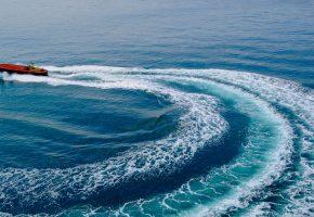 Обои Лионский залив, море, катер, след, волна