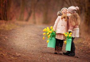 Обои Дети, девочка, цветы, тюльпан, осень, радость
