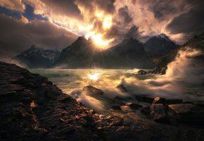 Обои прибой, волны, брызги, солнце, лучи, камни