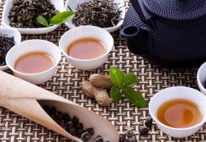 чай, чайник, заварка, пиалы, чашки, орехи, чайная церемония