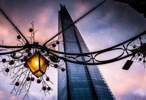 Обои London, Лондон, Great Britain, Великобритания, England, Англия, вечер, здание, фонарь, украшение, гирлянда