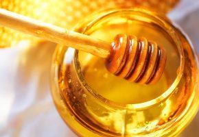 мед, ложка, банка, соты