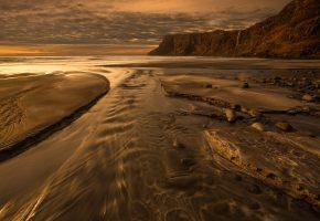Обои море, бухта, скалы, пляж, закат, песок