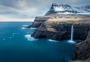 Обои море, берег, горы, водопад, дома