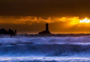Обои ночь, море, волна, маяк