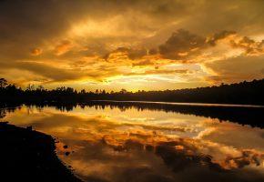 Обои вечер, озеро, берег, закат, отражение