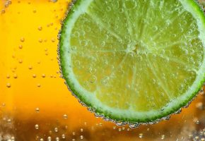 Обои фрукт, Лайм, пузырьки, макро, вода