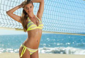 Обои Nina Agdal, Нина Агдал, девушка, модель, шатенка, купальник, сетка, пляж, море, океан