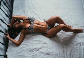 Обои девушка, модель, позирует, белье, фигура, тело