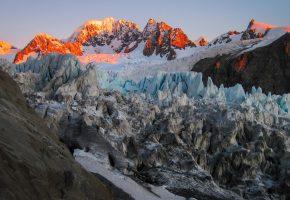 Обои горы, закат, льдины, снег