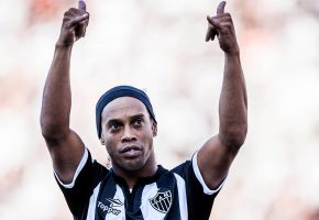 футбол, легенда, Ronaldinho, роналдиньо, футболист