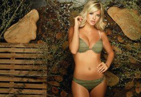 Девушка, бикини, модель, фигура, животик, блондинка, взгляд