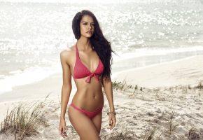 Iris Kavka, фото, девушка, позирует, фигурка, купальник, пляж, море, песок