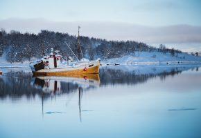 зима, корабль, озеро, снег, причал, деревья