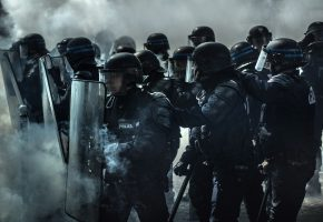 щиты, полиция, дым, Экипировка, шлем