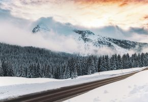 Зима, снег, дорога, горы, туман