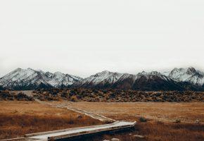 Горы, тропа, трава, небо