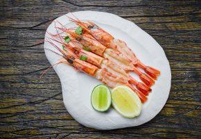 тарелка, лимон, креветки, морепродукты