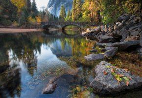 мост, через, речку, в, долине