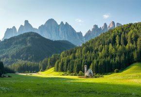 в, горной, долине, живёт, деревенька